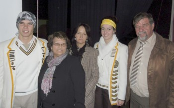 Volunteers Linda Burger and Alta van der Merwe with the head boy, head girl and the principal