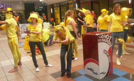 Become a Golden Statue & raise awareness re Childhood Cancer...