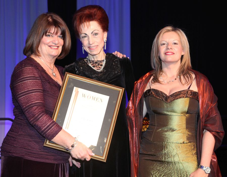 Elize receives African Women in Business Award